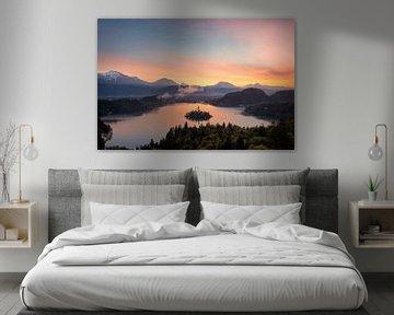 Vue sur le lever du soleil du lac de Bled sur iPics Photography