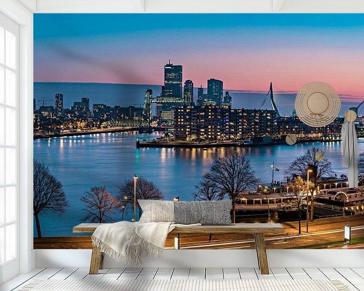 Sfeerimpressie behang: Skyline Rotterdam at Sunset van Midi010 Fotografie