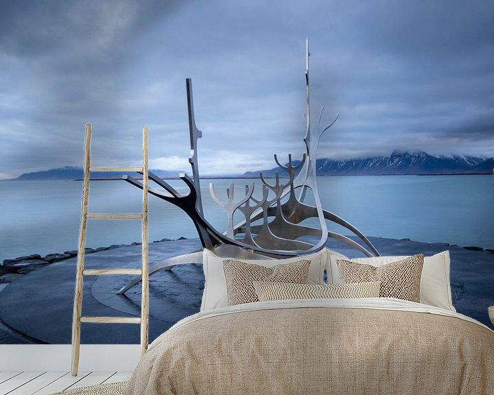 Sfeerimpressie behang: Vikingschip Sun Voyager van Marcel Alsemgeest