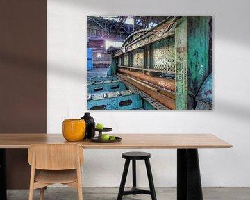 Metaalwals op de voormalige NDSM werf, Amsterdam. van Edward Boer