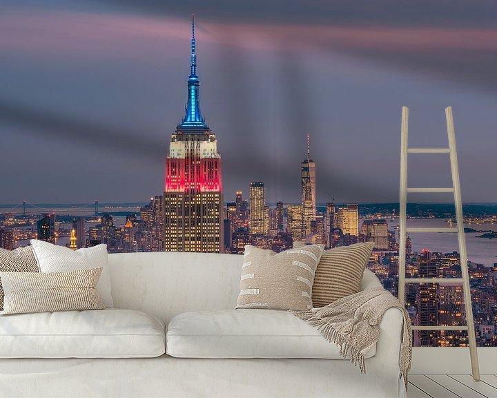 Sfeerimpressie behang: United Colors from the Empire State Building van Nico Geerlings