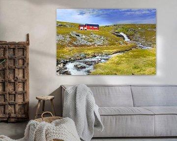 Hytta på Fossen - Vakantiehuis bij de waterval in Noorwegen van Gisela Scheffbuch