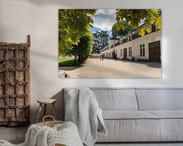 Atmosphärische Einblicke in die Stallgebäude des Château de Chenonceau von Fotografiecor .nl