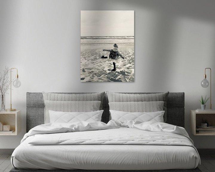 Sfeerimpressie: Young and Free at the Beach van Eveline van Vuren