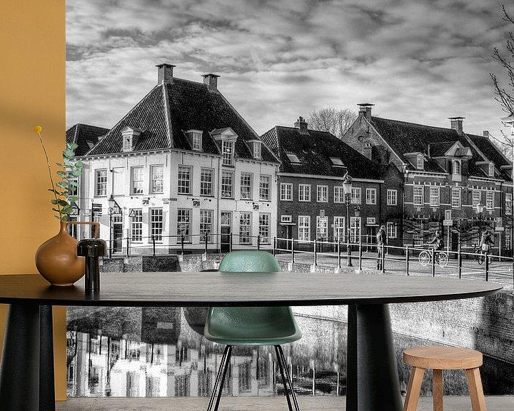 Sfeerimpressie behang: Westsingel en Spui historisch Amersfoort zwartwit van Watze D. de Haan