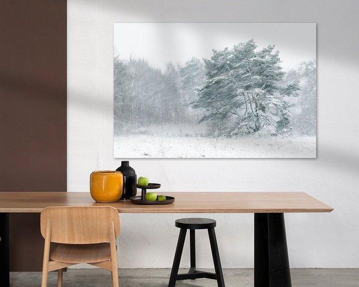 Sfeerimpressie: Boom in sneeuwjacht van Karla Leeftink
