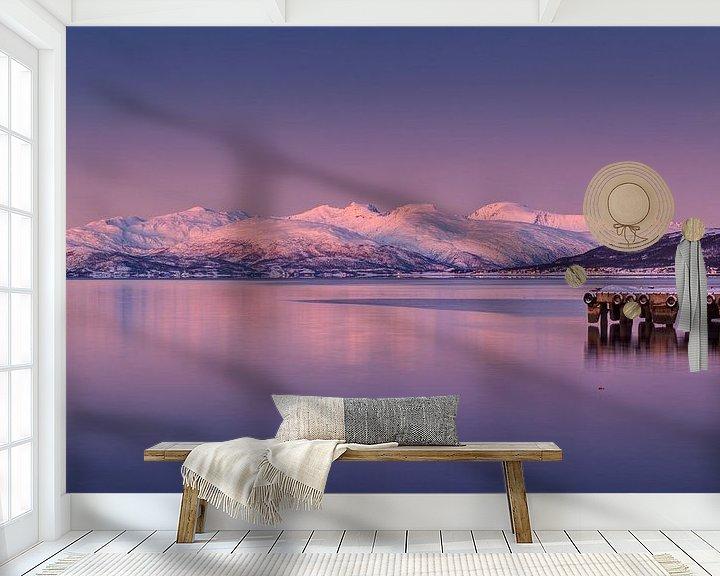 Sfeerimpressie behang: Avondstemming Noord Noorwegen van Adelheid Smitt