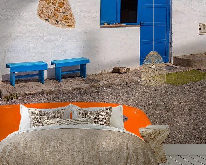 Sfeerimpressie behang: Een fel gekleurd straatje, Ajuy, Fuerteventura, Canary Islands, Spanje, van Rene van der Meer