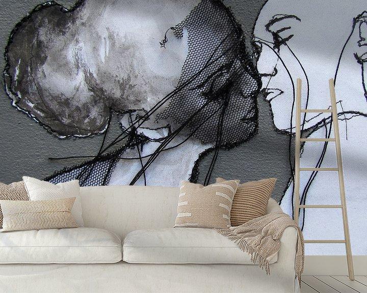 Sfeerimpressie behang: The Kiss van Kim Rijntjes