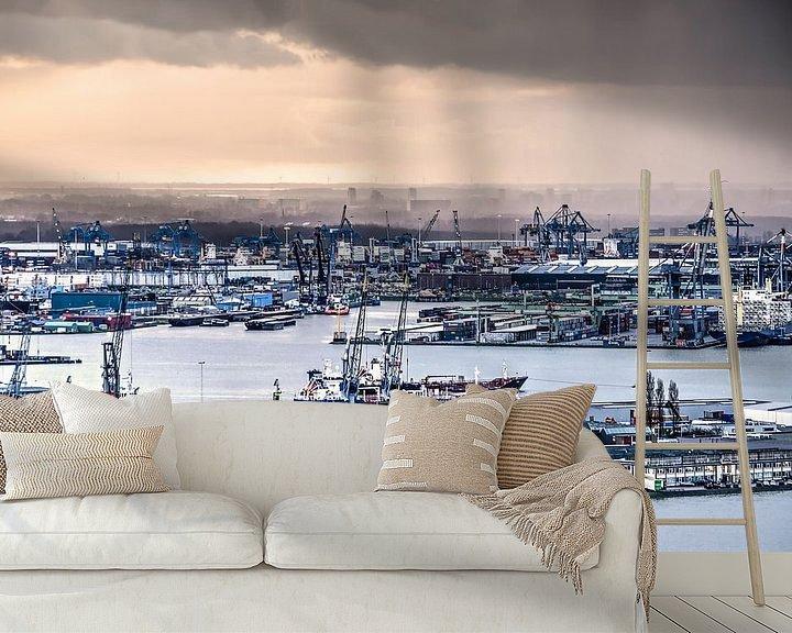 Sfeerimpressie behang: Waalhaven Rotterdam van Frans Blok