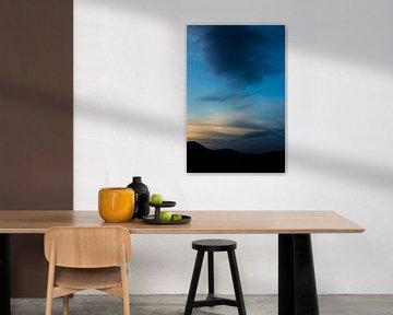 Blauwe lucht 1 van Lina Heirwegh