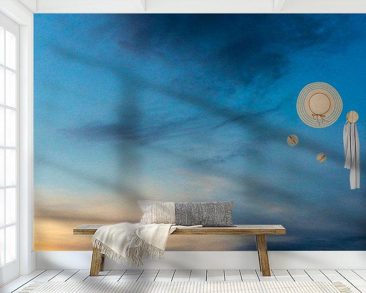 Sfeerimpressie behang: Blauwe lucht 1 van Lina Heirwegh