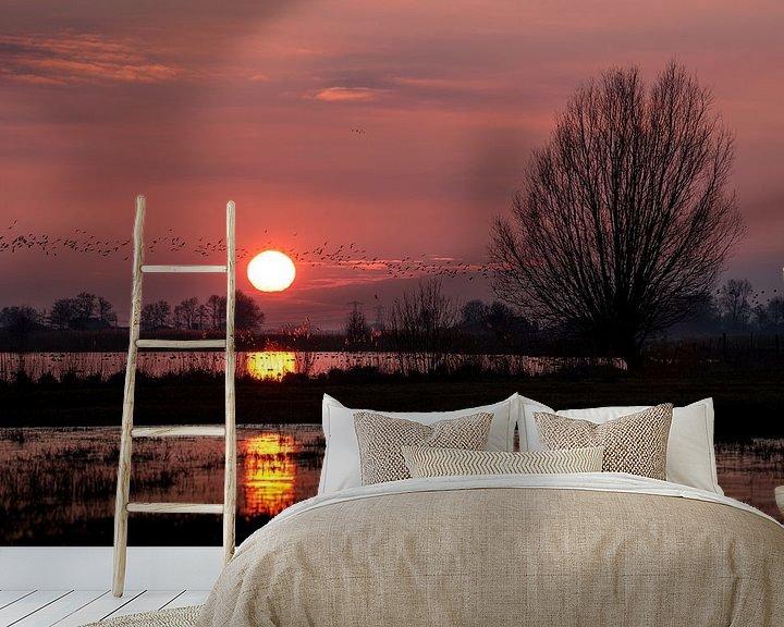 Sfeerimpressie behang: Jutjesriet bij zonsondergang van Erik Veldkamp