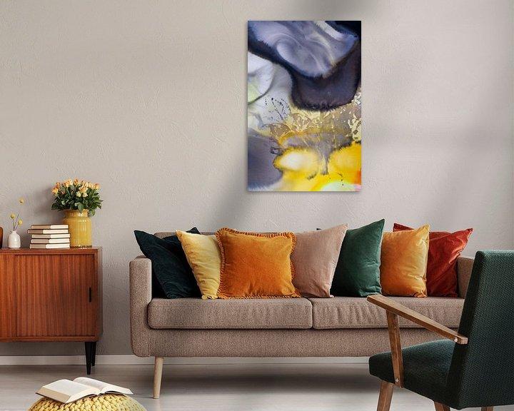 Sfeerimpressie: Macrofotografie acrylverf oranje geel zwart grijs van angelique van Riet