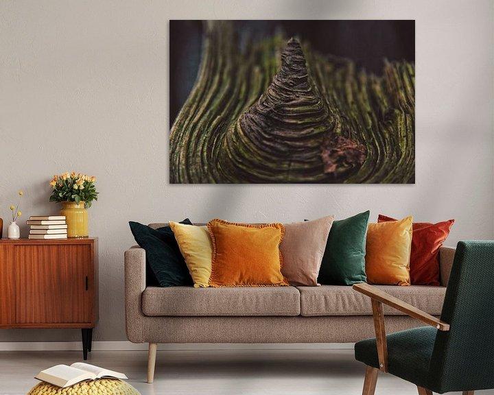 Sfeerimpressie: Hout Met Textuur. Prachtig stuk hout.                                               van Niek van den Berg