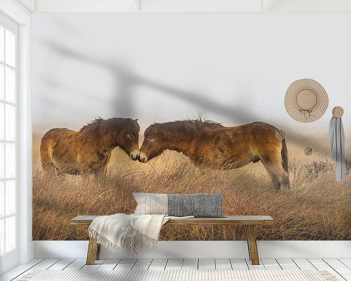 Sfeerimpressie behang: Paarden in de mist van Martzen Fotografie