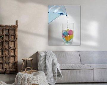 'Gekleurd' water van Maren Oude Essink