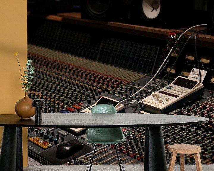 Sfeerimpressie behang: Opname studio met analoge mengtafel van Dennis Beentjes