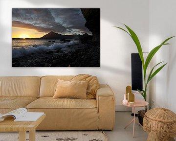 Zonsondergang aan de kust von Annick Cornu