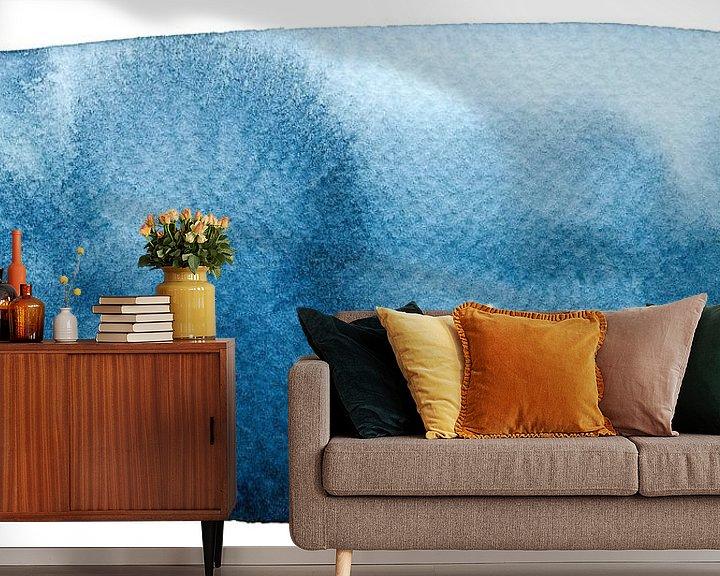 Sfeerimpressie behang: Still waters run deep van WatercolorWall