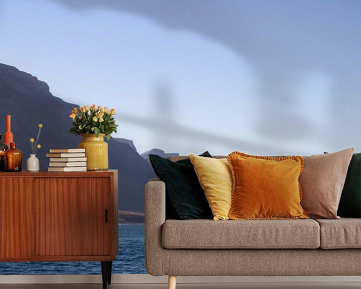 Sfeerimpressie behang: Kliffen van Lanzarote van Tomas Grootveld