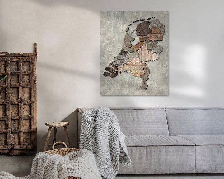 Sfeerimpressie: Kaart van Nederland in sloophout van Frans Blok