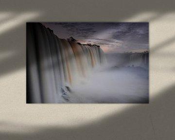 Watervallen in Iguaçu National Park van Fotografie door Menno