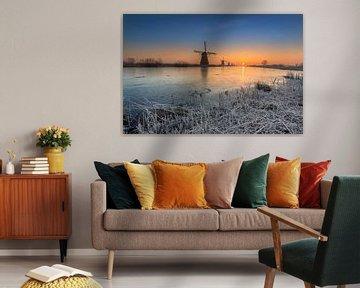 Koude zonsopkomst bij Kinderdijk