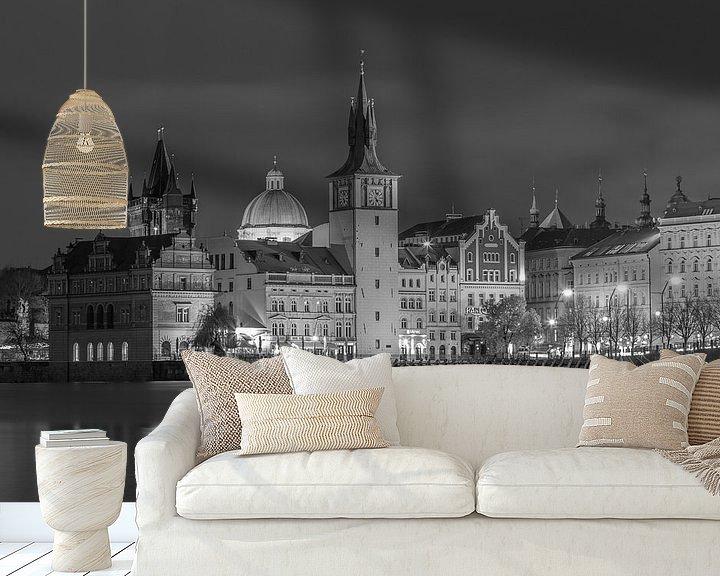 Sfeerimpressie behang: De oude stad van Praag in zwart-wit, Tsjechië  - 1 van Tux Photography