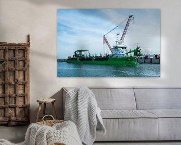 Baggerschip te water bij de Maasvlakte Rotterdam van de buurtfotograaf Leontien