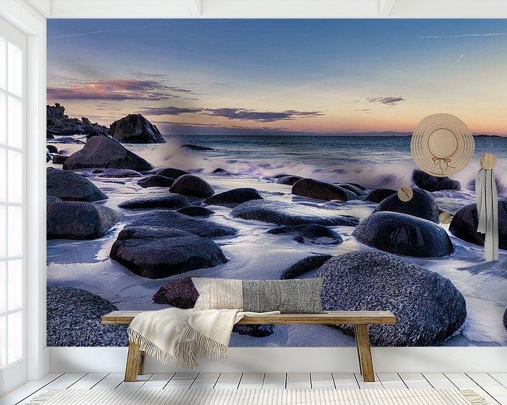 Sfeerimpressie behang: Beach Lofoten Norway van Wim van D