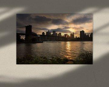 Brooklyn Bridge Zonsondergang  van Paul van Baardwijk