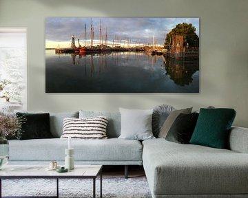 Zonsopgang in de haven van Ingrid Meuleman