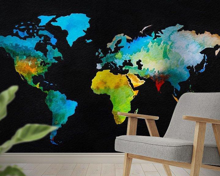 Sfeerimpressie behang: Wereldkaart in aquarel en Zwarte inkt van Wereldkaarten.Shop