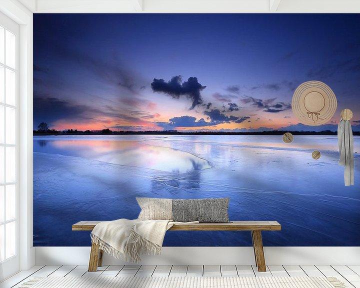 Sfeerimpressie behang: Winter blauw van Remco Stunnenberg
