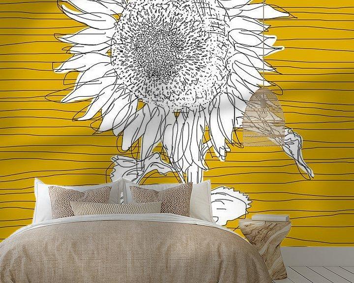 Sfeerimpressie behang: Zonnebloem van Kris Stuurop