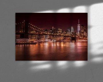 MANHATTAN SKYLINE & BROOKLYN BRIDGE Sonnenuntergang  von Melanie Viola