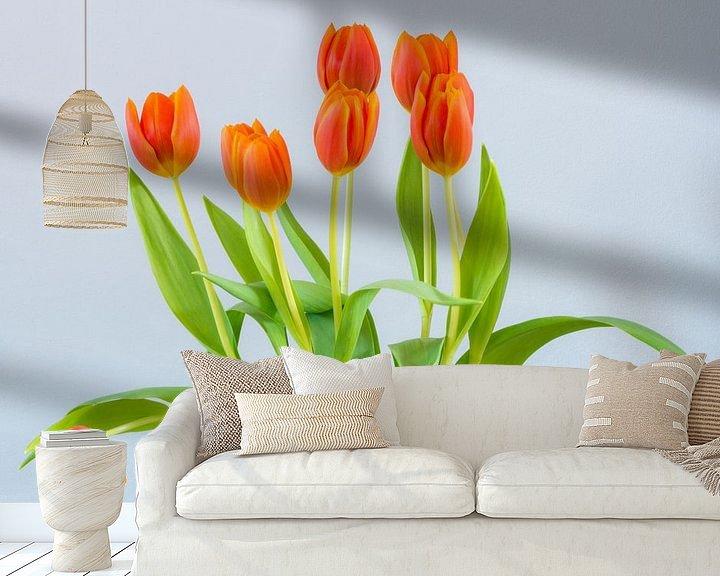 Sfeerimpressie behang: Bosje tulpen van Maerten Prins