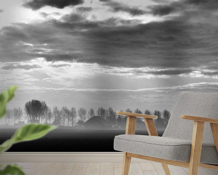 Sfeerimpressie behang: Nieuw vennep, Ochtend mist zwart wit van Ernst van Voorst