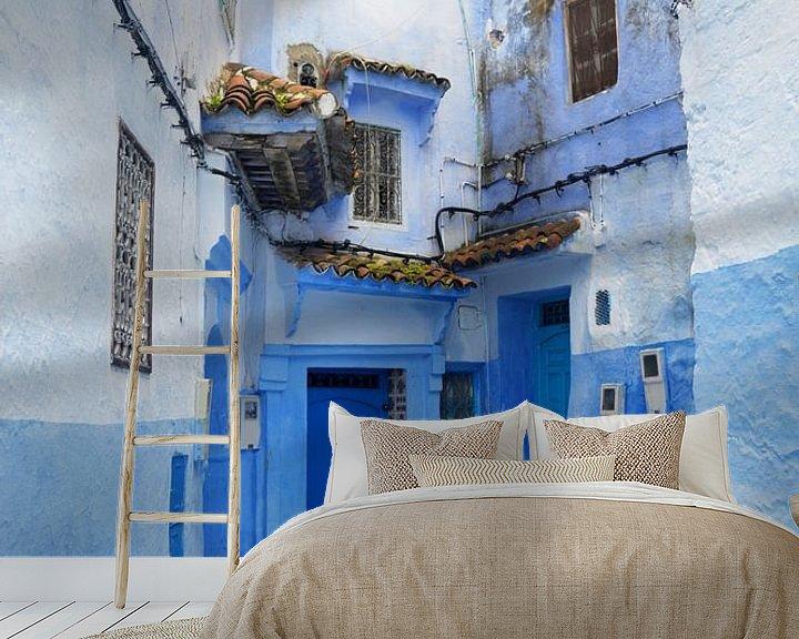 Sfeerimpressie behang: Blue magic in Chefchaouen van Zoe Vondenhoff
