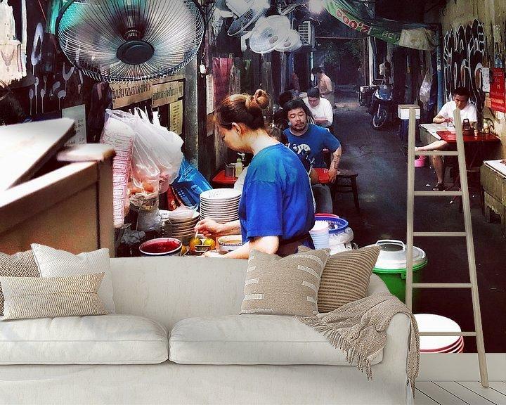 Sfeerimpressie behang: Steegjes in Bangkok van SPOOR Spoor