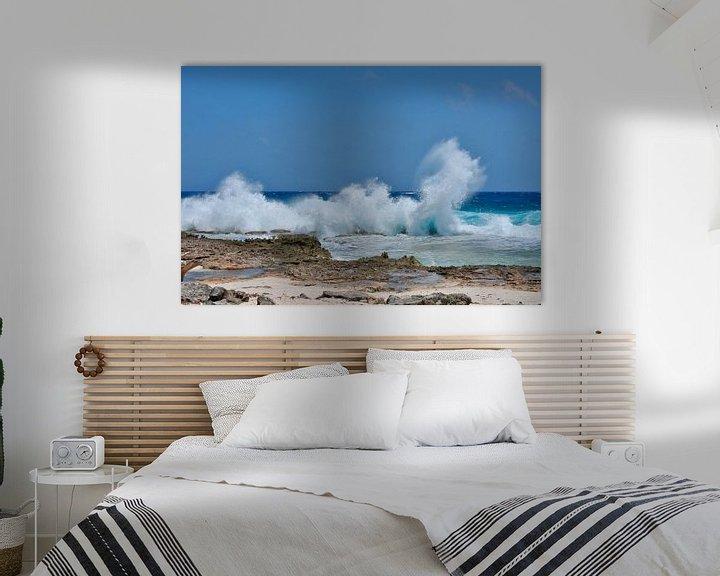 Sfeerimpressie: Opspattende golven van Myrthe Visser-Wind