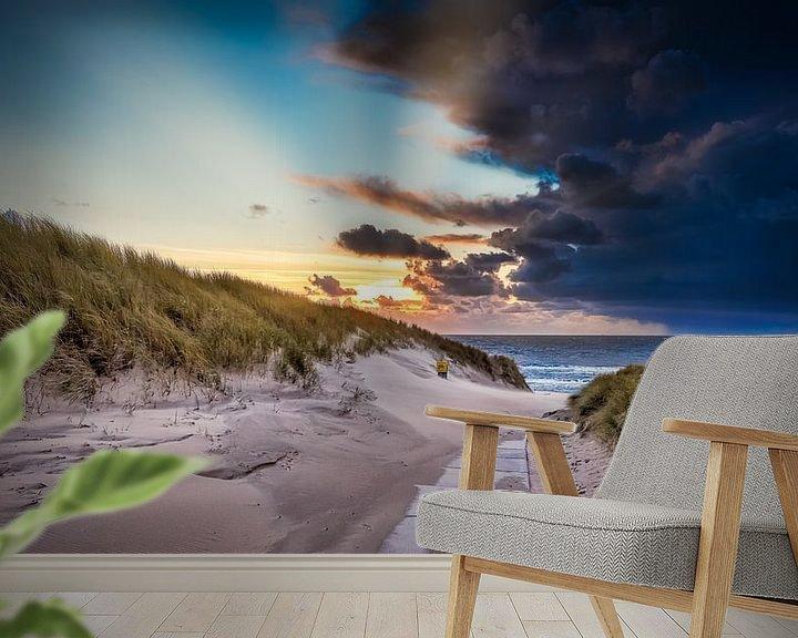 Sfeerimpressie behang: verlaten strandopgang van eric van der eijk