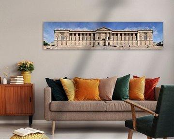 Paris Louvre Colonnade Panorama