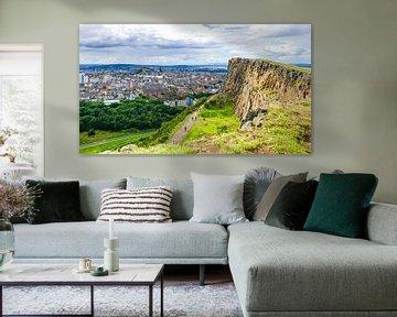 Wandelen met uitzicht over Edinburgh von Arjan Schalken