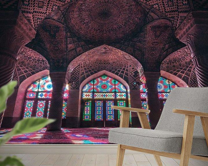 Sfeerimpressie behang: Nasir Al Mulk Mosque van Niels Tichelaar