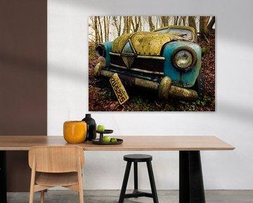 Borgward Hansa Oldtimer im Wald von Art By Dominic