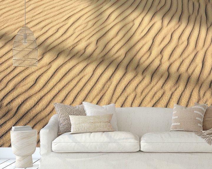 Sfeerimpressie behang: Patronen in duinzand door de wind gevormd van Beschermingswerk voor aan uw muur