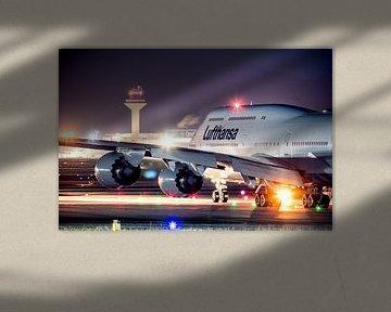 Lufthansa Boeing 747 ready for take-off von Dennis Janssen