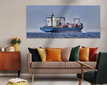 containerschip EM Corfu op de Noordzee von Ed Vroom